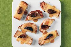 Grilled Bruschetta with Teleme, Honey, and Figs / It's hot. So turn up ...
