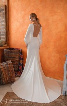 Wedding Gown Guide: Mermaid Soft Construction – The FashionBrides Mermaid Gown, Wedding Gowns, Construction, Bridal, Collection, Fashion, Homecoming Dresses Straps, Building, Moda