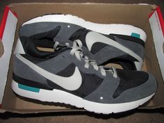 reputable site 5afde 715e3 Nike Archive 83.M Mens Casual Running Shoes 10 Anthracite Grey Black 747245  001