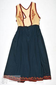 Folk Costume, Costumes, Norwegian Clothing, Frozen Costume, Folk Fashion, Chicken Soup, Jr, Scandinavian, High Waisted Skirt