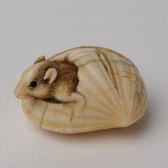 mouse in a nut netsuke