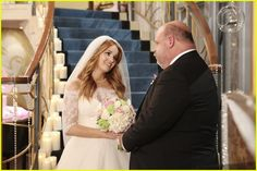 Debby Ryan & Kevin Chamberlin Are Officially Our Favorite Friendship on 'Jessie' - Watch The Exclusive Featurette From The Wedding Special! Karan Brar, Wedding Stills, Kissing Scenes, Skai Jackson, Bridgit Mendler, Series Movies, Tv Series, Disney Channel Stars, Laura Marano