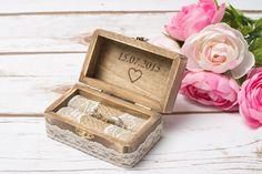 Ringkissen - Hochzeit Ringkissen Ring Box Schatulle Ring Kasten - ein Designerstück von HappyWeddingArt bei DaWanda