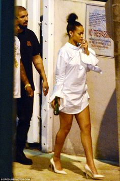 Rihanna And Drake, Rihanna Love, Rihanna Outfits, Rihanna Riri, Rihanna Style, Girl Outfits, Rihanna Fashion, Drake Concert, Looks Rihanna