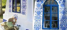 90-ročná babička z Moravy premenila malú dedinku na čarovnú galériu