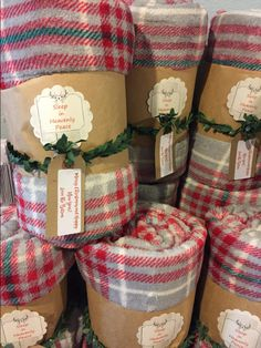 20 fun christmas gifts for friends and neighbors 8 Christmas Gifts For Friends, Homemade Christmas Gifts, Xmas Gifts, Homemade Gifts, Inexpensive Christmas Gifts, Homemade Gift Baskets, Diy Food Gifts, Diy Gifts For Dad, Winter Christmas