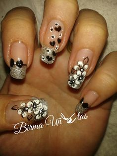 Most Gorgeous Nails Art design for weekend party 2018 - Design Group 4 Fabulous Nails, Gorgeous Nails, Pretty Nails, Crazy Nails, Fancy Nails, Beautiful Nail Designs, Beautiful Nail Art, Get Nails, Flower Nail Art