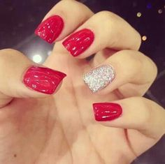 My nail style...super cute...all about the focal nail!