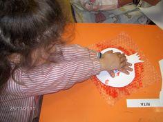 Fruit de la tardor:Magrana pintada amb plàstic de bombolles.
