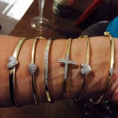 Encomendas para Abril. Consultar antes! Vendo semi jóias finas com garantia de 1 ano! Modernidade, qualidade e garantia pra você! Fan Page: www.facebook.com/terezacunha.semijoias Espaço de vendas: http://www.elo7.com.br/82119 Compre online e receba em casa! #semijoias #zirconias #joias #jewelry #aneis #cristais #brincos #pingentes