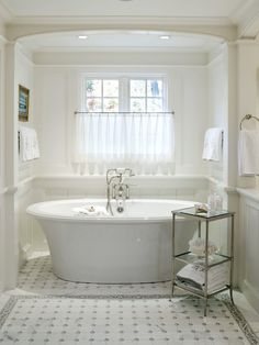 Traditional Spaces Free Standing Bath Tubs Design, Pictures, Remodel, Decor and Ideas - page 17