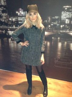 Ready for the winter! :D I can feel Christmas coming! Eeeeek Perrie <3- I love her style and her shes basically just perfect.