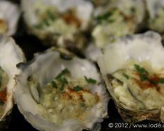 S'ouvrir au monde Le 12 décembre 2012 à 12h12, nous avons dégusté une douzaine d'Huîtres Charente Maritime… La date et l'heure étaient si symboliques qu'il nous était intére…