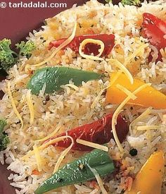 This rice is so easy and quick to make. . . It is for all my jain fans who can enjoy this rice dish made with bellpeppers, cheese and spices. Worth a try !