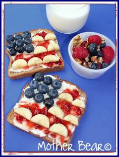 4th of July Food Favorites.  Lots of ideas - love this french toast!