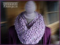 Wikkelsjaal Ananassteek 2 Crochet, Fashion, Moda, Fashion Styles, Ganchillo, Crocheting, Fashion Illustrations, Knits, Chrochet