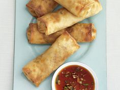 Get Baked Spring Rolls Recipe from Food Network - just make it vegetarian. Healthier snack option rather than frying them! Healthy Chinese Recipes, Asian Recipes, Healthy Recipes, Asian Foods, Mexican Recipes, Mexican Dishes, Healthy Dinners, Healthy Options, Delicious Recipes