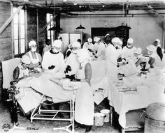 OR Scene from World War I. Multiple operations going on at Base Hospital ...  22be0ca60d9d338472b4d4ab81391455.jpg (640×519)