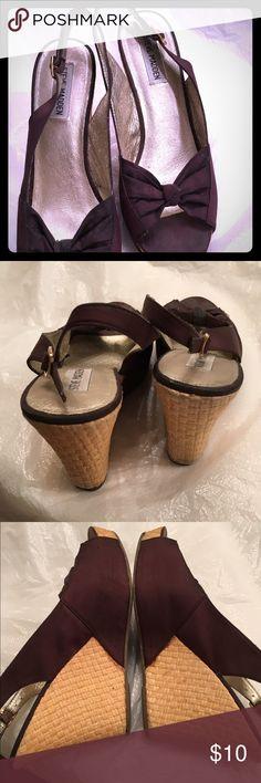 Steve Madden wedge sandals $9 SALE! Steve Madden brown wedged sandals Steve Madden Shoes Wedges