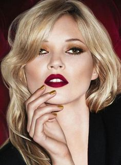 Kate Moss for Rimmel London Matte Lipstick Collection Kate Moss, Make Up Looks, Beauty Makeup, Hair Makeup, Hair Beauty, Eye Makeup, Rimmel Lipstick, Lipsticks, Wine Lipstick