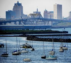 Great shot of the Daniel Hoan Memorial Bridge and the downtown skyline