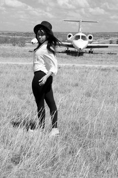 Leggings blouse airport black and white