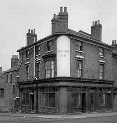 Birmingham Pubs, Birmingham England, Old Pictures, Old Photos, Industrial Architecture, British Isles, Past, Shops, Urban