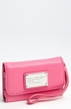 Marc Jacobs iPhone wristlet!