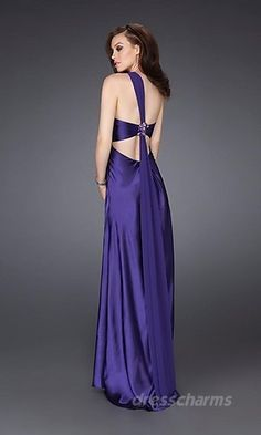 prom dresses a little more revealing #ISOBeauty