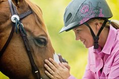 Form+a+Bond+with+Your+Horse+How+to+show+your+horse+affection+without+losing+his+respect.