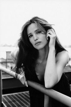 Jennifer Garner - Charleston, WV - Some of her film and TV credits include: Alias, Pearl Harbor, Catch Me If You Can, Daredevil, Elektra, Catch and Release, and Juno