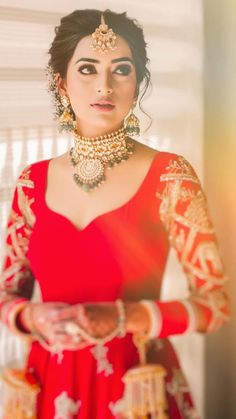 Bridal Makeover, Minimal Makeup, Indian Fashion, Wedding Photos, Dream Wedding, Floral, How To Wear, Outfits, Inspiration