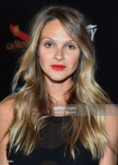 Beau Garrett is SO beautiful! I love her hair too... Her ...