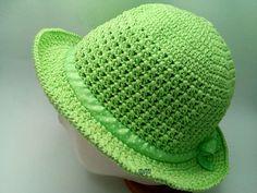 22 Trendy crochet hat with brim green Crochet Hat With Brim, Crochet Summer Hats, Crochet Edging Patterns Free, Crochet Scarves, Crochet Hats, Beginner Crochet Projects, Baby Afghan Crochet, Wide-brim Hat, Crochet Accessories