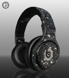 Beats Pro Over-Ear Headphone (Black) (Custom Made With Swarovski Elements) Cute Headphones, Beats Headphones, Bluetooth Headphones, Dr Dre Detox, Beats By Dr Dre, Custom Beats, Cheap Beats, Tech Accessories, Swarovski Crystals