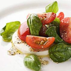 Salad - Fresh mozzarella salad with pesto vinaigrette