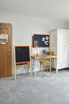 Accessorise your kids bedroom with a desk [📸 Adam Carter] Bedroom Flooring, Vinyl Flooring, Dream Bedroom, Kids Bedroom, Bedroom Inspo, Bedroom Decor, Adam Carter, Grey Carpet Bedroom, Pastel Bedroom