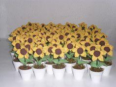 Diy Flowers, Flora, Planter Pots, Birthday, Party, Wedding, Birthday Party Ideas, Ideas Party, Sunflower Birthday Parties