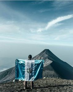 Guatemala mi patria querida! 196!  Photo by @jluistuy -Use #QuePeladoGuate on your pictures and we might post it in our page.  #quepeladoguate #guatemala
