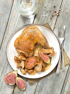 Une cuisse de pintade aux cèpes et figues pour votre repas de Noël. Label Rouge, Turkey, Chicken, Meat, Chicken Legs, Cooks Illustrated Recipes, Turkey Country, Buffalo Chicken, Cubs