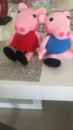 Crochet Hats, Slippers, Fashion, Activities, Pictures, Knitting Hats, Moda, Fashion Styles, Slipper