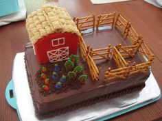 farm cake, needs some cows pigs and chickens and maybe a horse tho