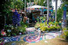 Safety Harbor FL: This home is decked out like a psychedelic explosion of colors and bowling balls