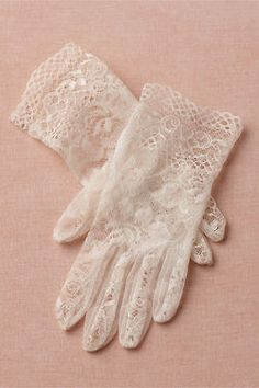 Lace Gloves ~ Gorgeous..