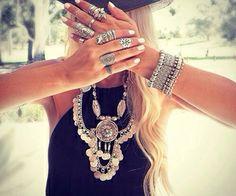Anelli e collana d'argento