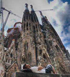 Follow us on Insta! @ispanyoldefteri #spain #Barcelona #travelblog #gaudi #sagradafamilia #motorbiketrip #travelphoto Gaudi, Tower Bridge, Us Travel, Barcelona Cathedral, Travel Photos, Spain, Building, Instagram, Sagrada Familia