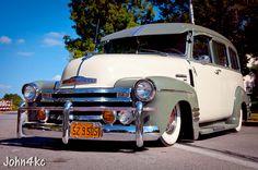 Chevrolet Suburban   Photographer: john4kc   http://www.flickr.com/photos/8492055@N08/