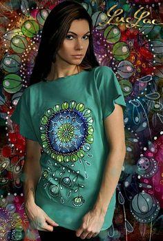 Mandala by LucLac - SAShE.sk - Handmade Tričká Textiles, Painted Clothes, Print Design, Mandala, Saree, Hand Painted, Clothing, Mens Tops, T Shirt