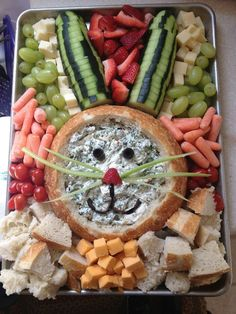 Cute and easy Easter snack tray party platter with vegetables, dip, cheese, bread and fruit shaped like a bunny Easter rabbit! See more Easter Snack Tray Ideas for a Crowd or large group for family Easter potluck. Simple make ahead appetizer ideas too! Easter Appetizers, Easter Snacks, Easter Brunch, Easter Treats, Appetizer Ideas, Easter Food, Appetizers For Kids, Easter Dinner Ideas, Easter Dishes