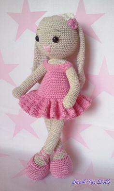Cathy is a cute ballet bunny, handmade cotton Katia baby.Created until I . - # ballet bunny Cathy is a cute ballet bunny, handmade cotton Katia baby. CoraLou bunny Cathy is a cute Crochet Bunny Pattern, Crochet Patterns Amigurumi, Cute Crochet, Crochet Baby, Crochet Geek, Crochet Amigurumi, Amigurumi Doll, Crochet Dolls, Crochet Mignon